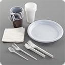 Одноразовая посуда, салфетки, органайзеры Одноразовые стаканы формата кофе с собой, крышки с питейниками, пластиковые стаканы, бумажные салфетки и прочее