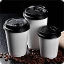 Стаканы, крышки Бумажные стаканчики для кофе можно использовать как для холодных, так и для горячих напитков. Из такой посуды можно пить эспрессо, латте, глясе, мокко и даже чай. Бумажные стаканы для кофе производятся обычно из двухслойной бумаги, ламинированной полиэтиленом с внутренней стороны. ...